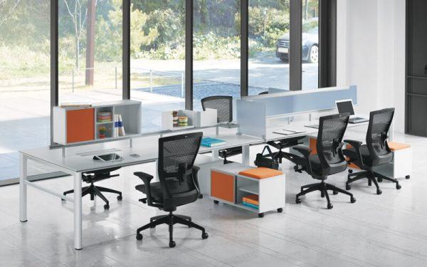 Luxdezine Modern Empty Office Workstation