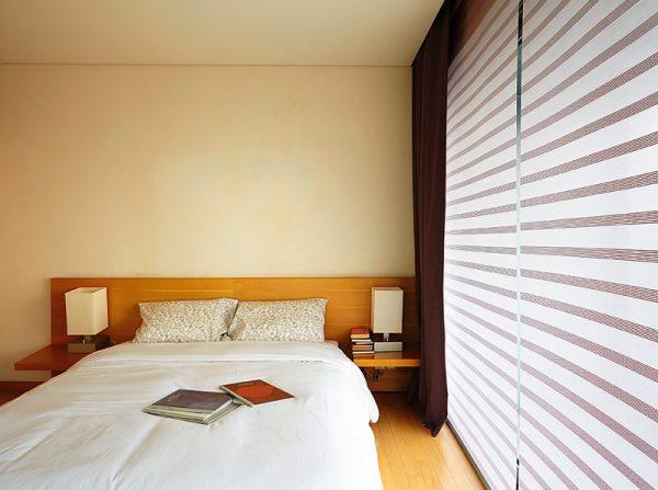 Luxdezine Window Blinds Roll Scren Shades White Bedroom