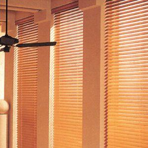 Luxdezine Window Wood Blinds