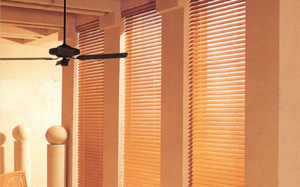 Luxdezine Window Wood Blinds